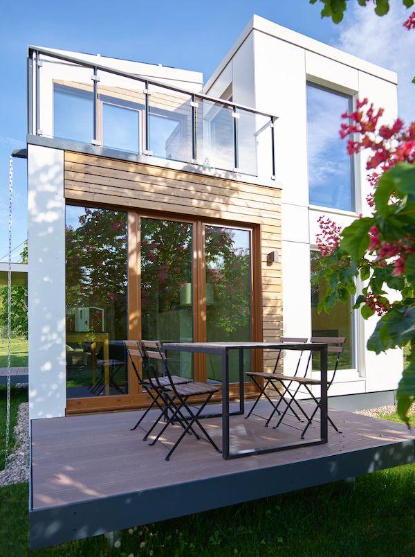 Die Terrasse eines Haus von außen